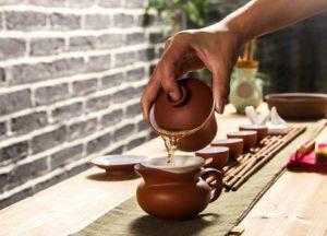 utilisation du gaiwan émaillé en terre cuite