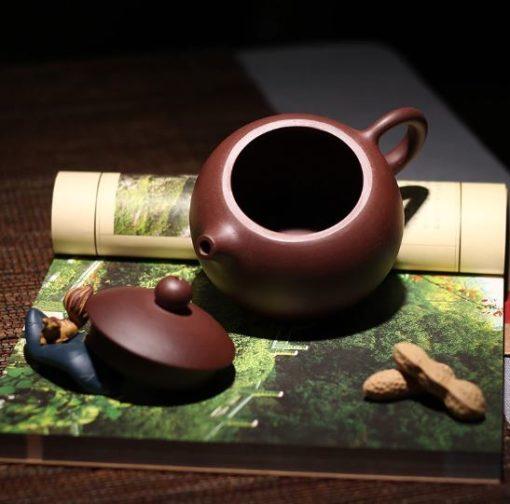théière chinoise en terre cuite de Yixing