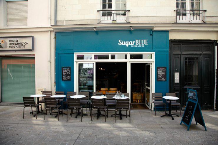 Devanture Sugar Blue Café