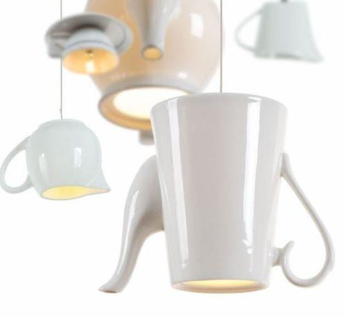 Lampe Décorative Originale en Forme de Théière Blanche
