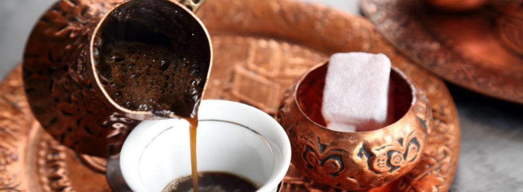 café turc avec ibrik