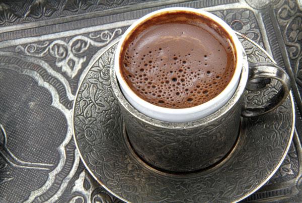 café turc avec sa mousse
