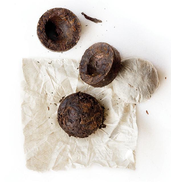 Le thé pu-erh, c'est quoi ? (Histoire, fabrication, accessoires...)
