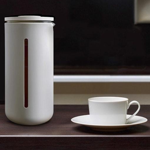 cafetière à piston design blanche