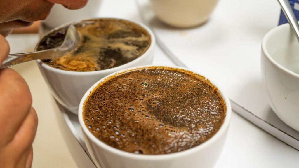 croûte à la surface du café