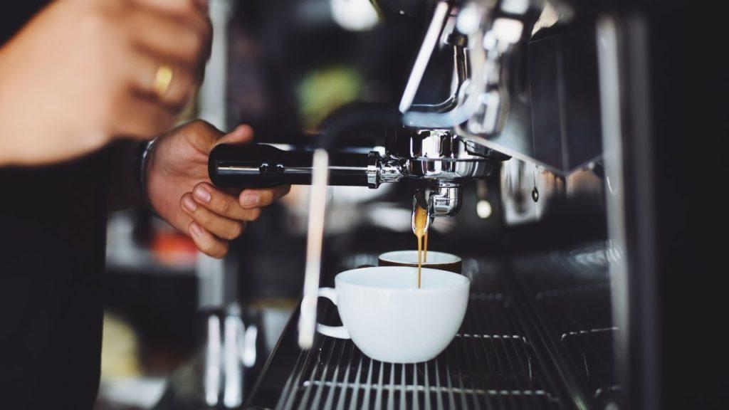 Café moulu pour expresso : Comment choisir le bon ?