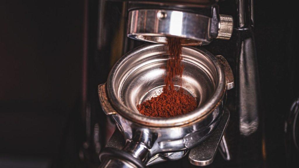 café moulu pour expresso à la demande